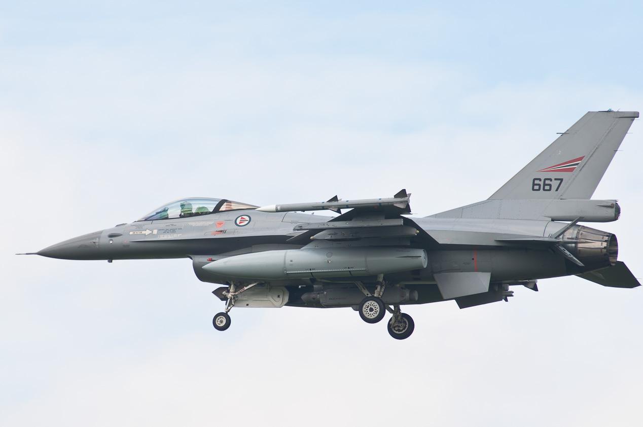 Royal_Norwegian_Air_Force_(667)_F-16A_Block_20_MLU
